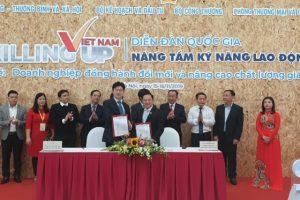 Lễ ký kết hợp tác giữa Trường Cao đẳng Công nghệ Y Dược Việt Nam và Công ty TNHH Thương mại và Đào tạo Nhật Linh (YUKI)