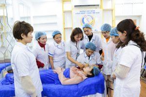 Tại sao nên chọn học phun thêu thẩm mỹ tại Y – Dược Việt Nam
